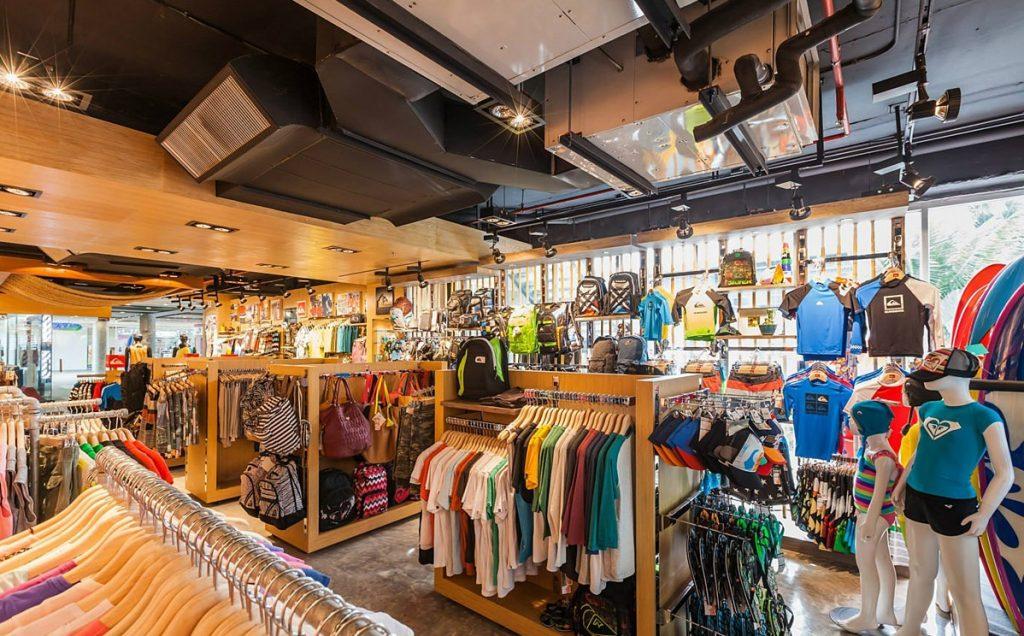 phân tích các cửa hàng quần áo thể thao ở nơi bạn ở