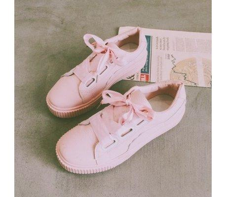 Chọn giày thể thao có màu sắc phù hợp